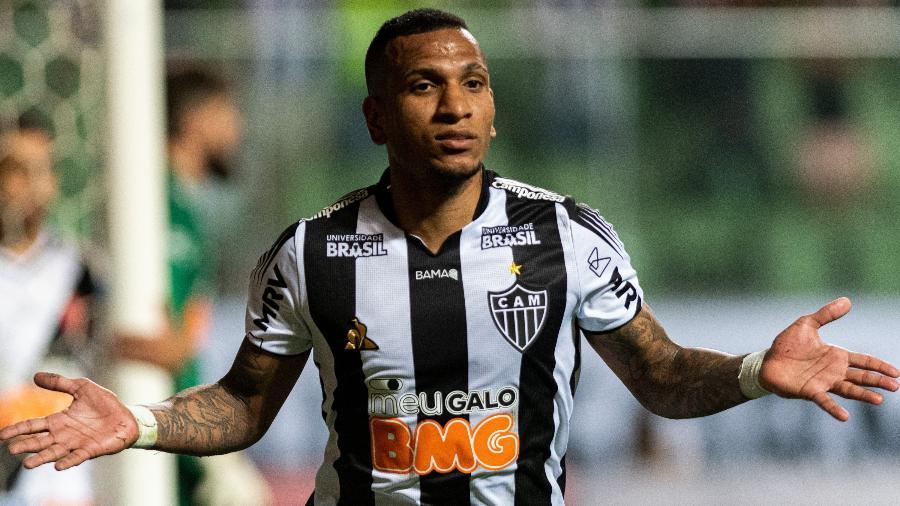 Rómulo Otero chegou ao Atlético-MG em 2016, mas dívida por sua aquisição foi quitada somente hoje (20) - Alessandra Torres/AGIF