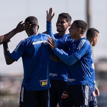 Elenco do Cruzeiro participa de treino na Toca da Raposa II - Gustavo Aleixo/Cruzeiro/Divulgação
