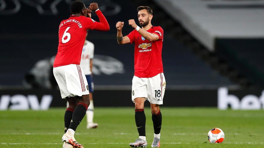 Bruno Fernandes e Pogba em partida do Manchester United: jogo dos Red Devils na Europa League será exibido na ESPN - Pool/Getty Images