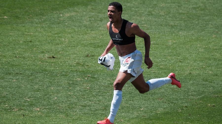 Brenner comemora gol do São Paulo contra o Corinthians - Marcello Zambrana/AGIF