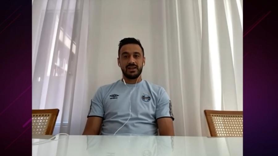 Robinho recorda gols de cobertura em Rogério Ceni - Rperodução/YouTube