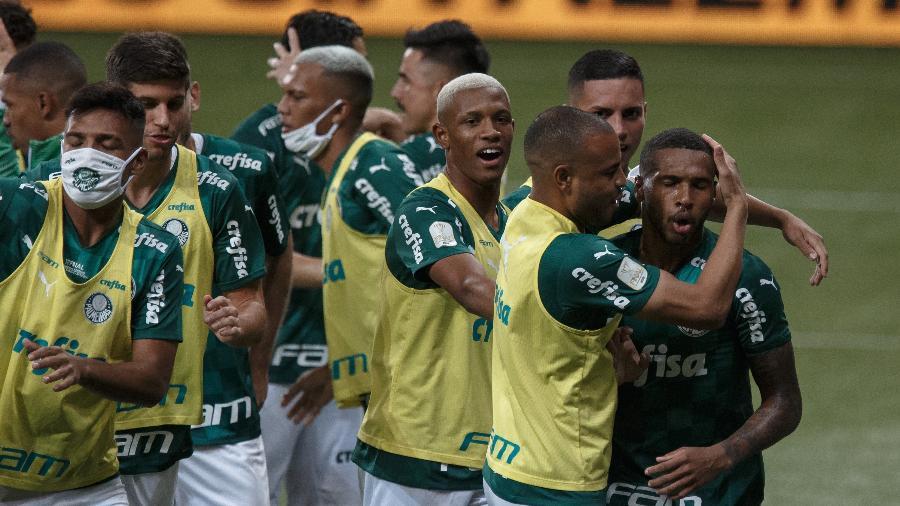 Wesley após marcar gol do Palmeiras contra o Grêmio - Ettore Chiereguini/AGIF