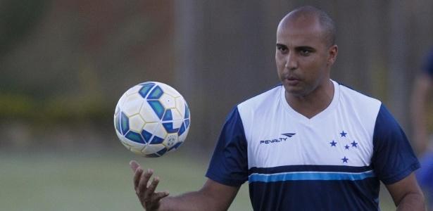 Equipe celeste perdeu o primeiro jogo-treino do ano. 2 a 1 para o Villa Nova-MG