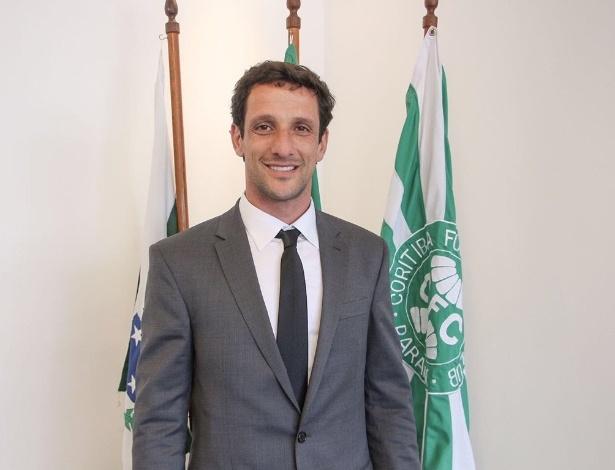 Belletti irá acumular funções na diretoria do Coritiba