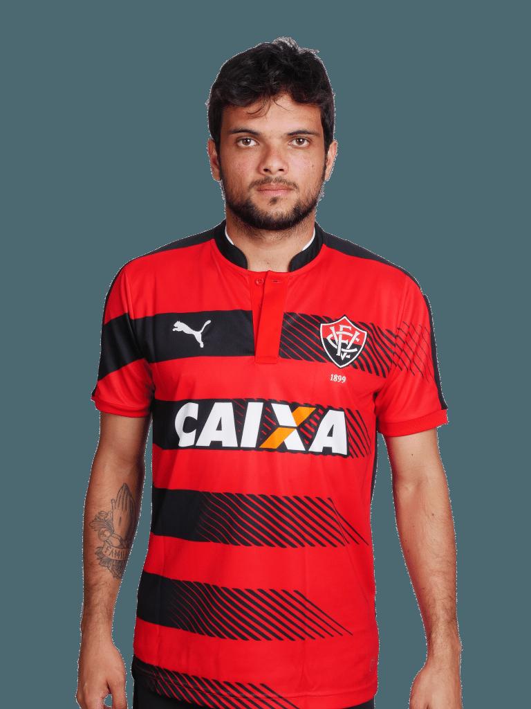 Norberto, lateral-direito do Vitória