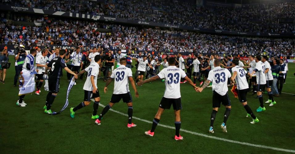 Jogadores do Real Madrid receberam camisa comemorativa com o número 33 às costas, em alusão ao número de títulos
