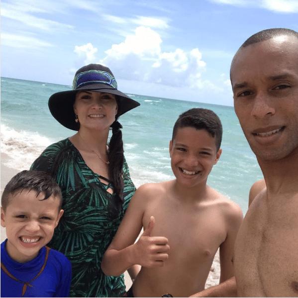 Miranda, atualmente no Internazionale, passa férias no Estados Unidos com sua família