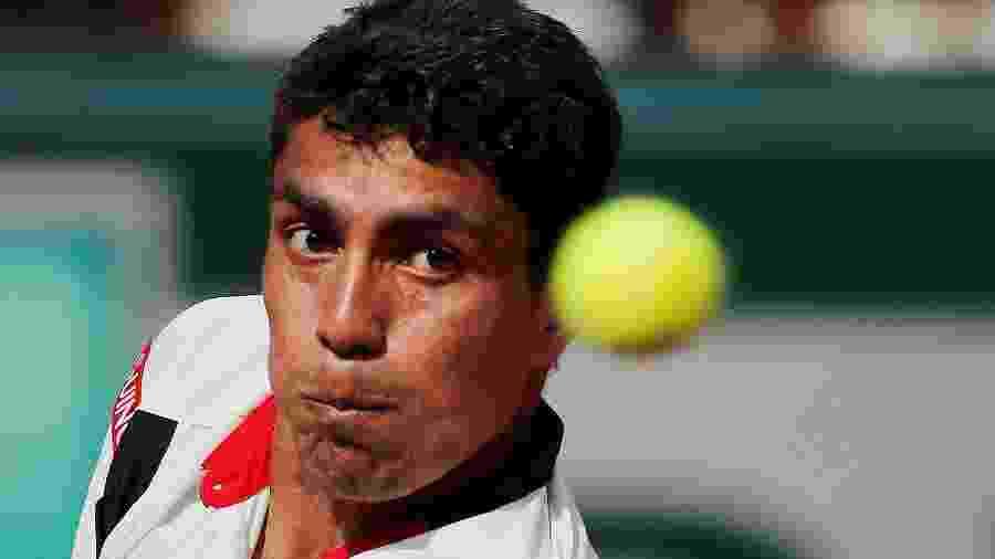 Tenista brasileiro Thiago Monteiro em ação em Roland Garros - Gonzalo Fuentes/Reuters