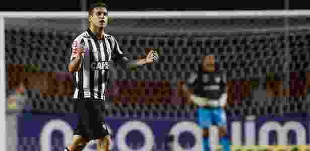 Botafogo avançou nas negociações para contratar Rafael Moura para substituir Roger  - Marcello Zambrana/AGIF