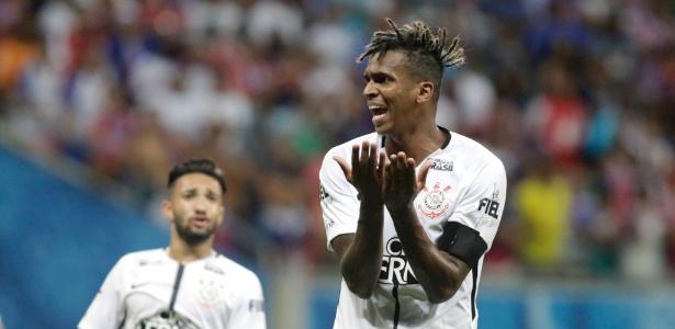 Jô disse que o Corinthians não pode baixar a guarda na reta final do Brasileiro -  LUCIO TAVORA/AGÊNCIA TEMPO/ESTADÃO CONTEÚDO