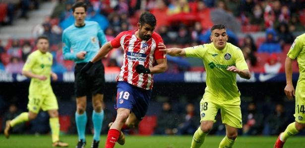 Diego Costa em ação pelo Atlético de Madri durante jogo contra o Getafe