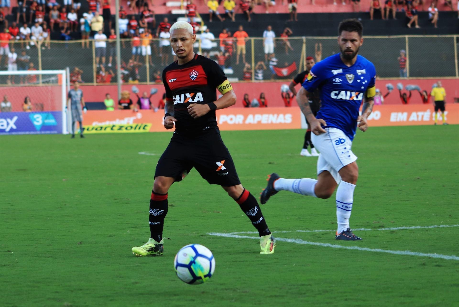 4f5ca71564 Cruzeiro sai atrás