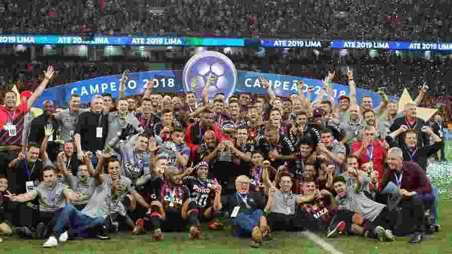 Athletico-PR comemora título da Copa Sul-Americana 2018 - Divulgação/Twitter/AtléticoPR