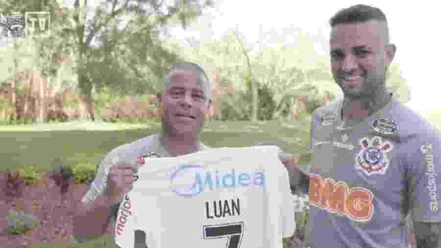 Luan ganha camisa 7 de Marcelinho Carioca em Orlando, nos Estados Unidos, onde o Corinthians estreia em 2020 - Reprodução