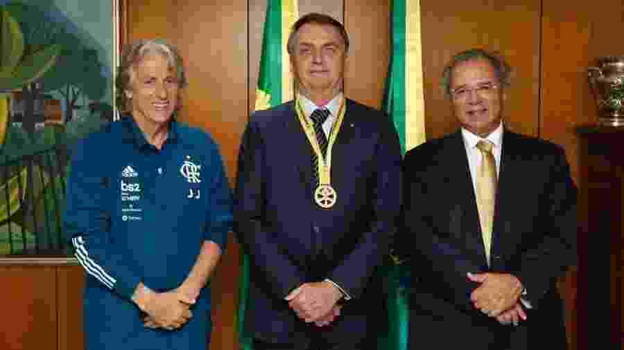 Jorge Jesus com Jair Bolsonaro e Paulo Guedes em Brasília - Divulgação/Presidência da República