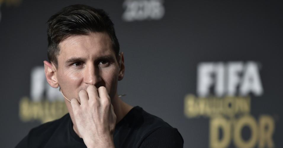11.jan.2016 - Lionel Messi exaltou Bola de Ouro, mas disse que trocaria prêmio pela Copa do Mundo