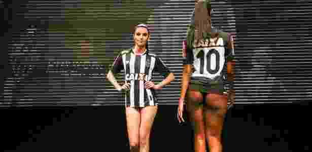 Modelos desfilam na apresentação da nova camisa do Atlético-MG - Bruno Cantini/Clube Atlético Mineiro