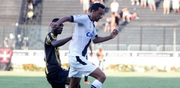 Embora tenha feito o gol da vitória sobre o Madureira, Nenê caiu de rendimento