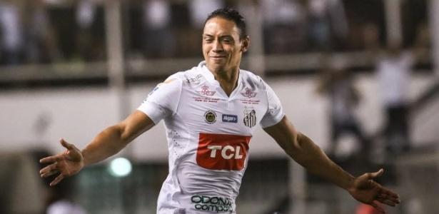 Ricardo Oliveira está motivado após marcar três gols pelo Santos nesta semana