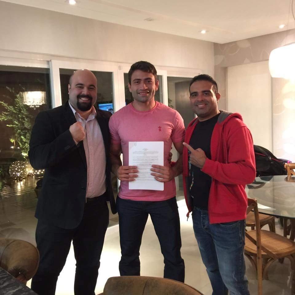 Luan Chagas assinou contrato com o UFC para lutar no UFC 198