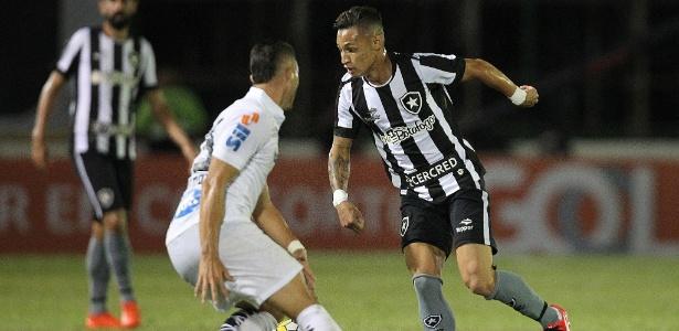 Neilton deve estar pronto para enfrentar o Cruzeiro