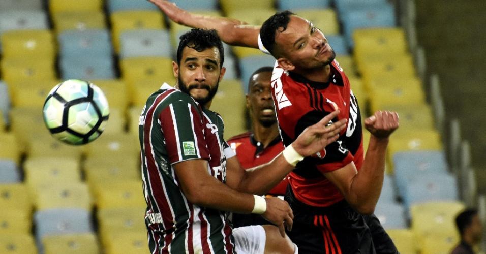 Resultado de imagem para Flamengo e Fluminense empatam e perdem chance de chegar ao G6