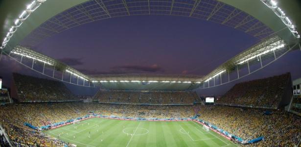Palco da abertura da Copa, Arena Corinthians foi construída entre 2011 e 2014