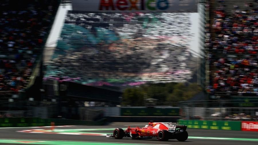 Sebastian Vettel, da Ferrari, vai largar na pole no México - Clive Mason/Getty Images