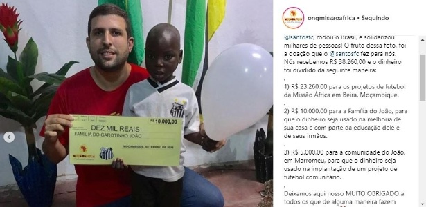 João Chico, criança de Moçambique, recebe doação do Santos Futebol Clube