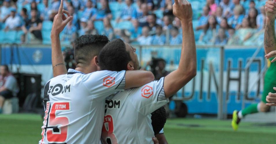 Thiago Galhardo comemora gol do Vasco diante do Grêmio em jogo pelo Campeonato Brasileiro 2018