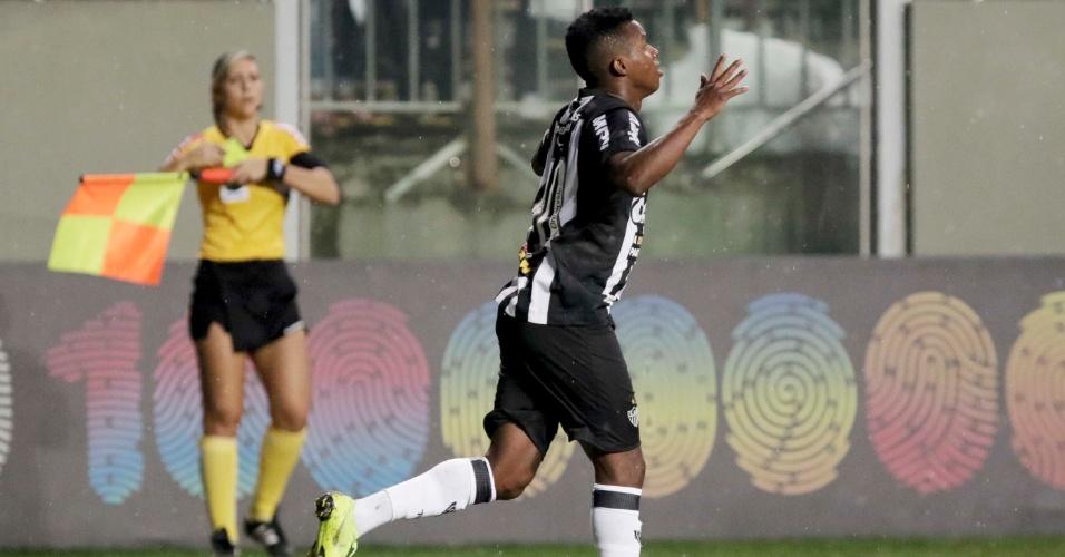 Cazares comemora após marcar pelo Atlético-MG sobre o Botafogo