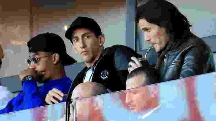 Cavani e Di María assistem ao jogo do PSG - GONZALO FUENTES/REUTERS - GONZALO FUENTES/REUTERS
