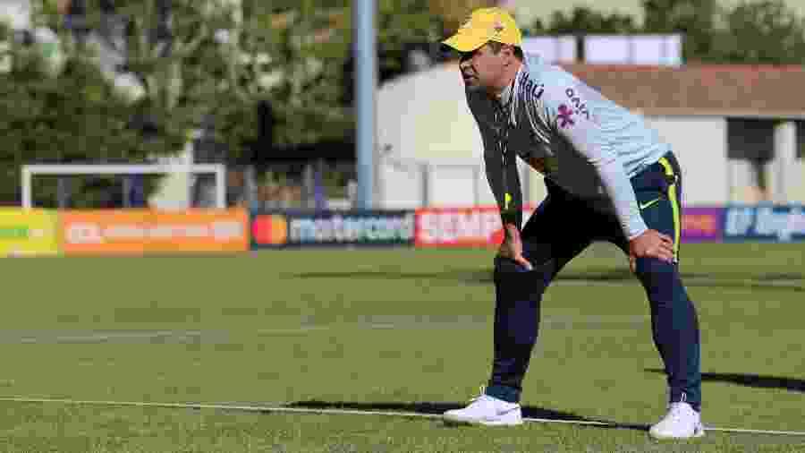 André Jardine, técnico da seleção olímpica, aguarda retorno da CBF para saber com quais jogadores poderá contar - Fernando Torres/CBF/Divulgação
