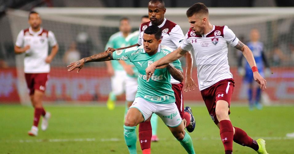 Dudu, durante partida entre Palmeiras e Fluminense