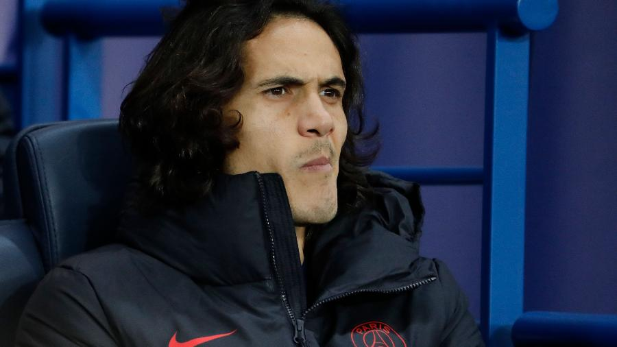 Edinson Cavani no banco do Paris Saint-Germain - Thomas Samson/AFP