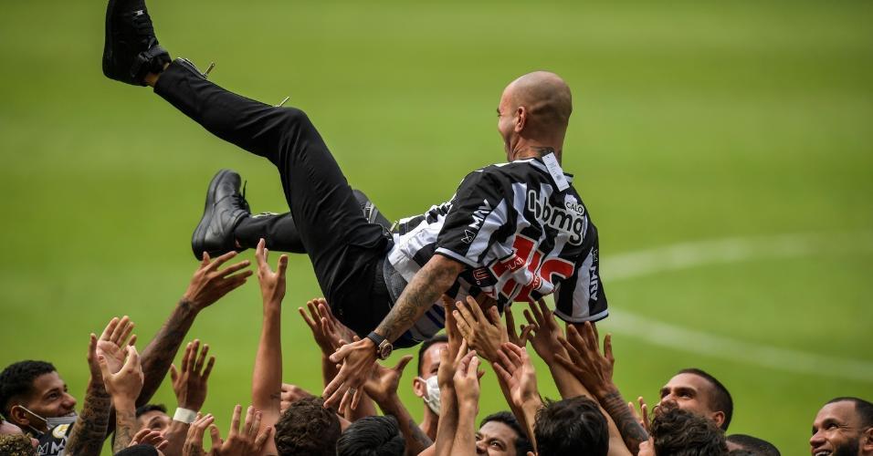 Diego Tardelli deu adeus ao Galo e marcou o seu nome na história do clube
