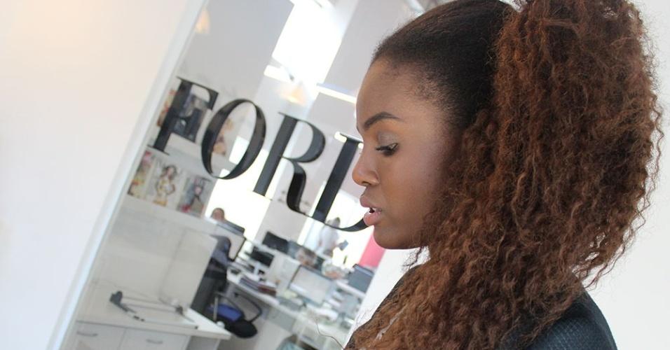 Fabiana assina acordo com a Ford Models