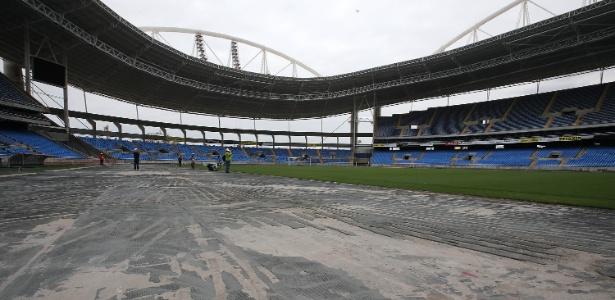 Empresa que projetou Engenhão diz que estádio não precisava ser fechado