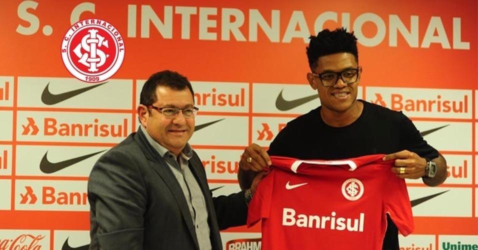 Anselmo (volante) - do Joinville para o Internacional