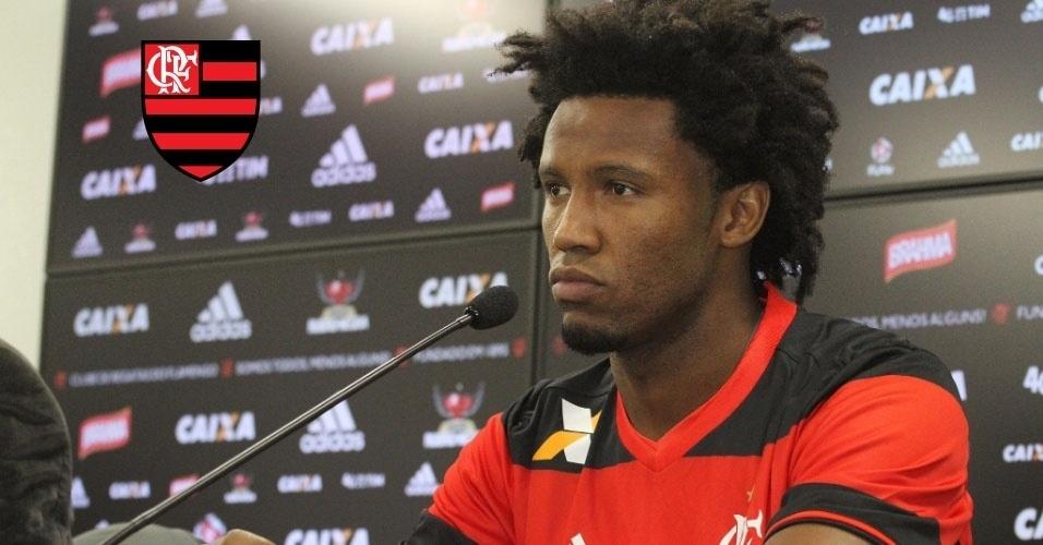 Montagem - Rafael Vaz (zagueiro) - Do Vasco para o Flamengo