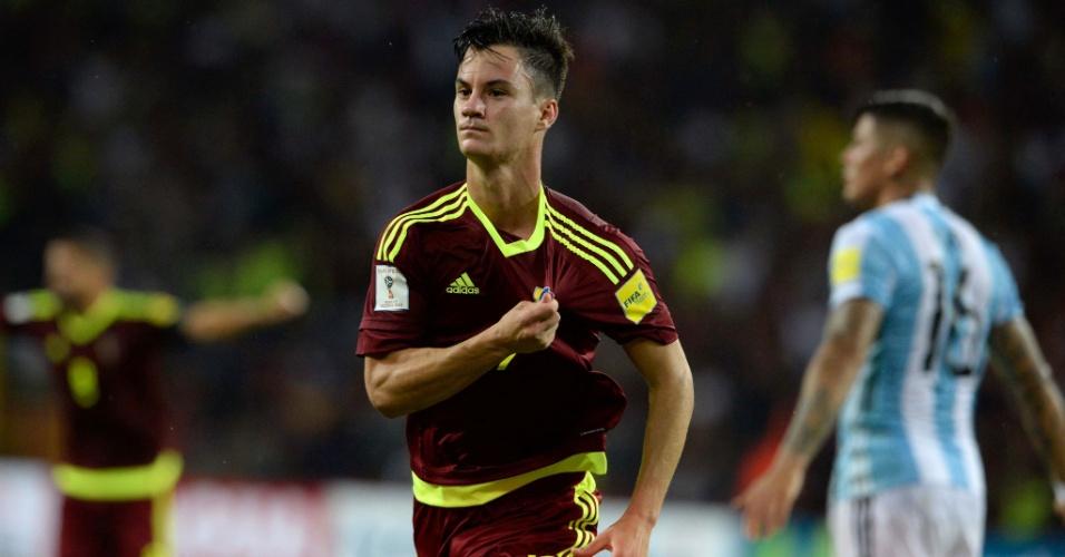 Juanpi comemora gol marcado para a Venezuela contra a Argentina
