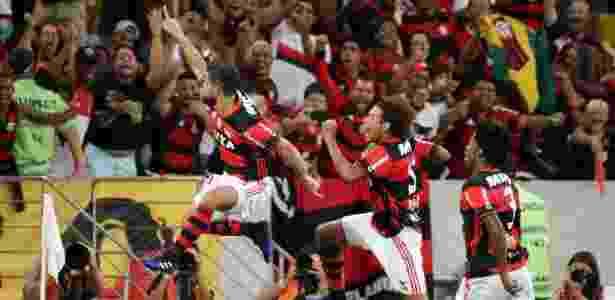 A torcida lotou o Maracanã para ver a vitória do clube sobre o San Lorenzo - Ricardo Moraes/Reuters