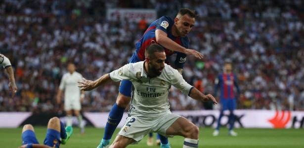 Carvajal é o titular da lateral direita do Real, deixando Danilo no banco