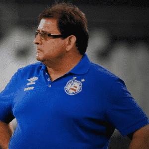 Guto Ferreira deixou o Bahia na terceira rodada para dirigir o Inter, que demitiu Antônio Carlos Zago, na Série B. Jorginho assumiu como treinador do Bahia. - Arte UOL