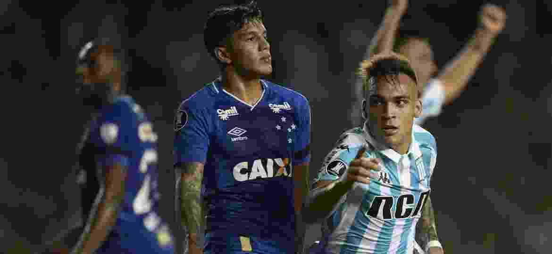 Lautaro Martinez anotou três gols na vitória do Racing sobre o Cruzeiro, pela Libertadores - AFP PHOTO / JUAN MABROMATA