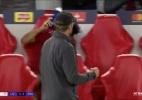 Reação de Salah em gol de Firmino contra o PSG gera polêmica na web - Reprodução