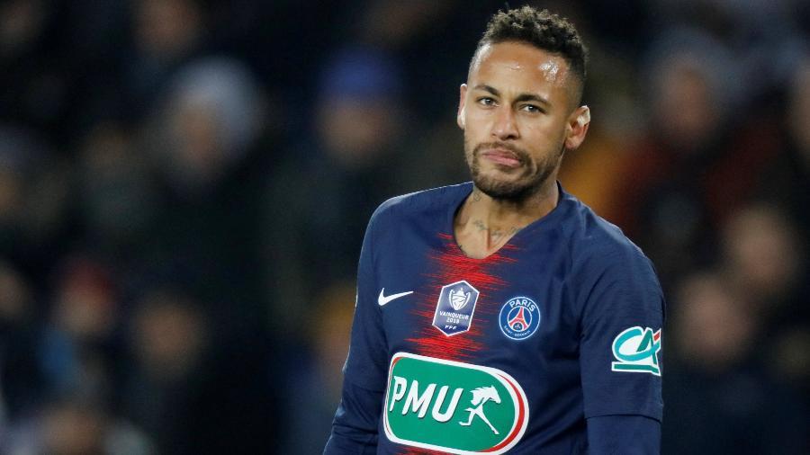 Neymar, que completará duas temporada no PSG, recupera-se de lesão no pé - Charles Platiau/Reuters