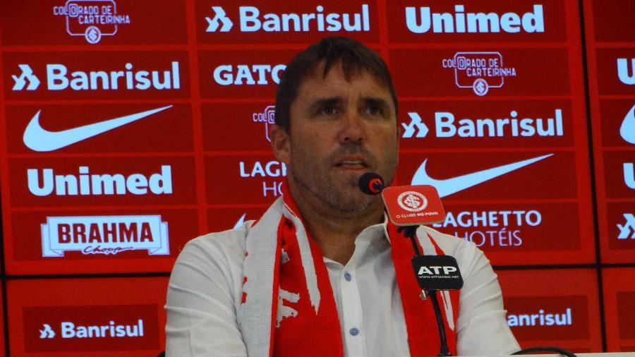 Eduardo Coudet, técnico do Inter, pretende reforçar trabalho com jovens - Marinho Saldanha/UOL