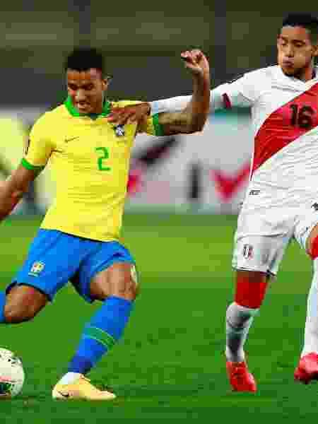 Danilo contra o Peru - Daniel Apuy/Reuters - Daniel Apuy/Reuters