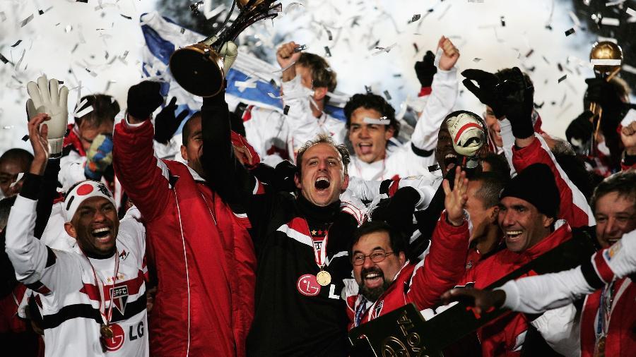 São Paulo comemorando o mundial de 2005 - Reprodução/Twitter